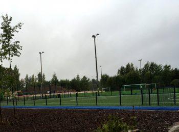 Jokivarren koulun kenttä Vantaa