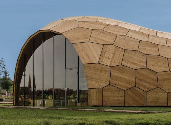 Puurakennus iglu Landesgarten exhibition hall
